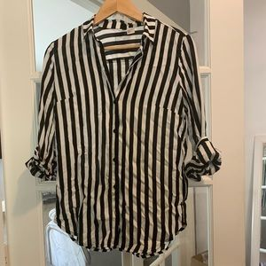 Black and White Stripped button up